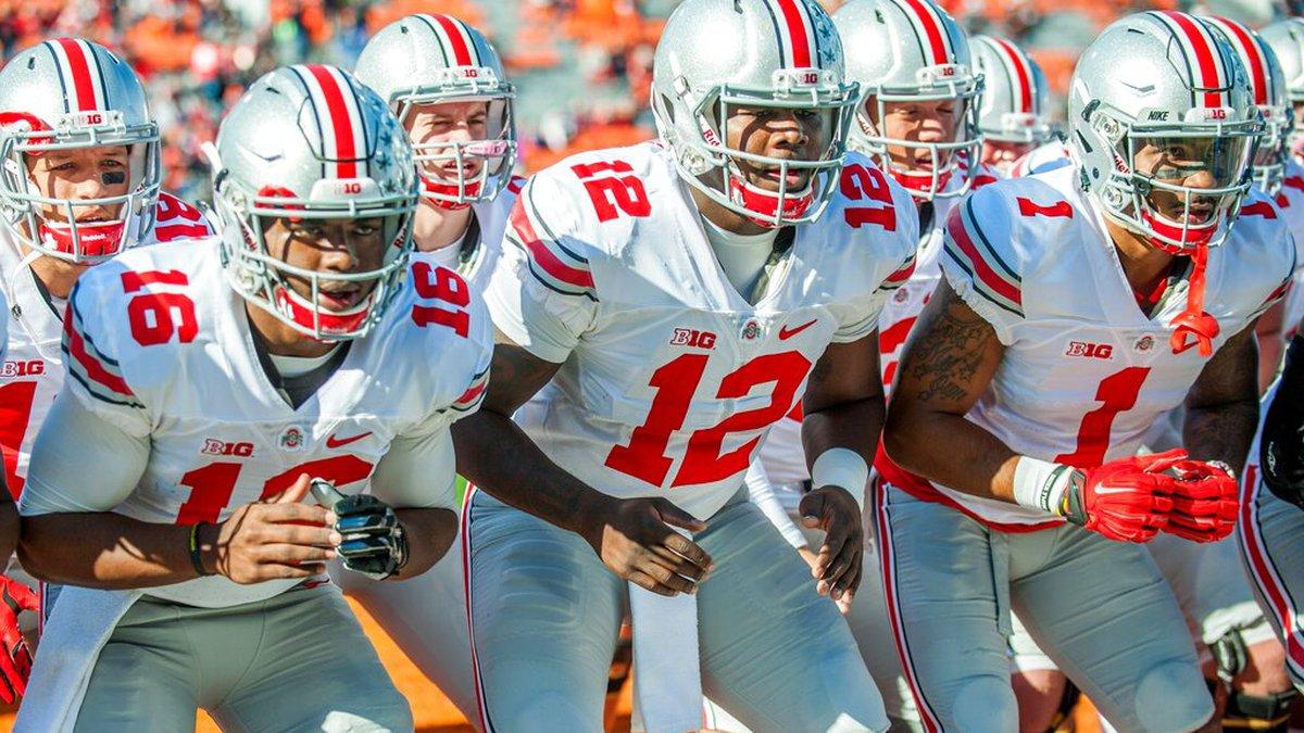 Ohio State quarterbacks J.T. Barrett (16) and Cardale Jones (12), and wide receiver Braxton...