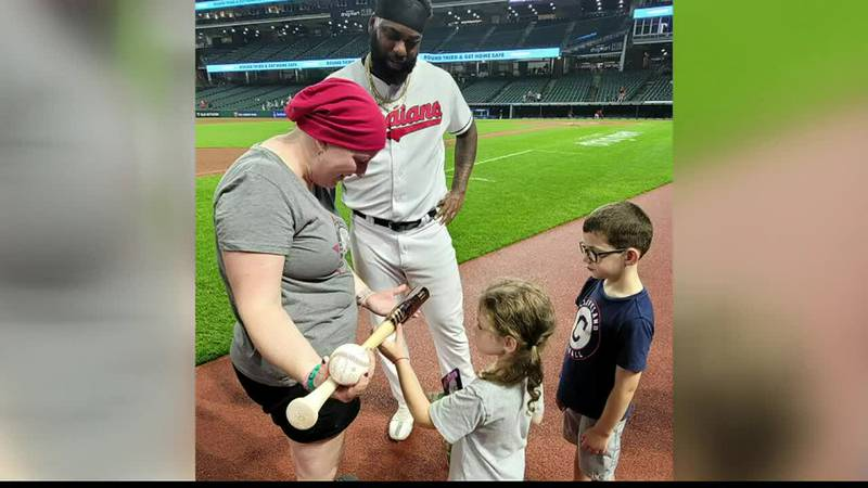 Cleveland Indians player 'steps up the plate' for cancer patient