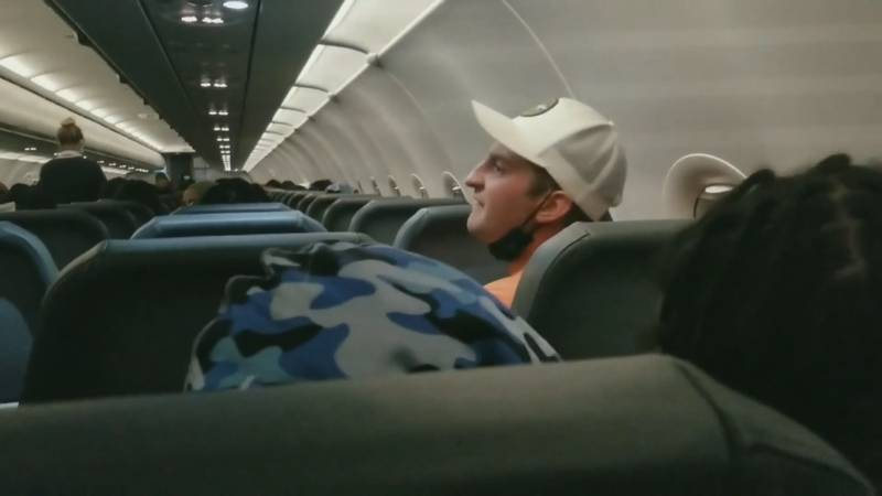 A Frontier passenger from Norwalk, Ohio was on a flight from Philadelphia to Miami on Saturday....
