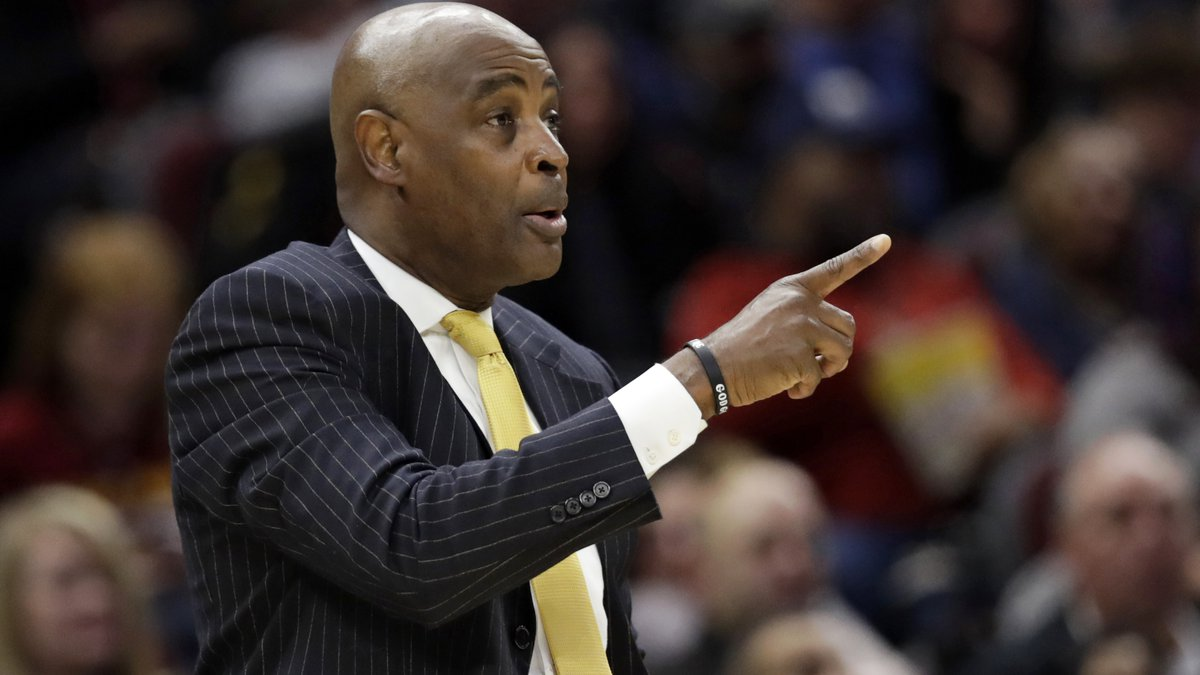 Cleveland Cavaliers head coach Larry Drew gives instructions to players in the first half of an...