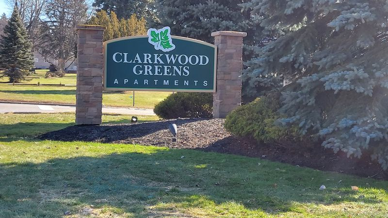Clarkwood Greens not helping residents with repairs