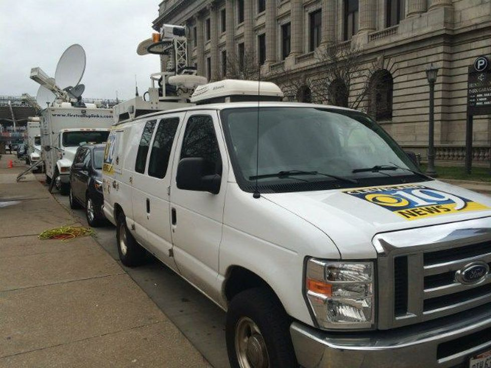 Media showing up for Tuesday's news conference concerning Tamir Rice and protests. (Source: WOIO)
