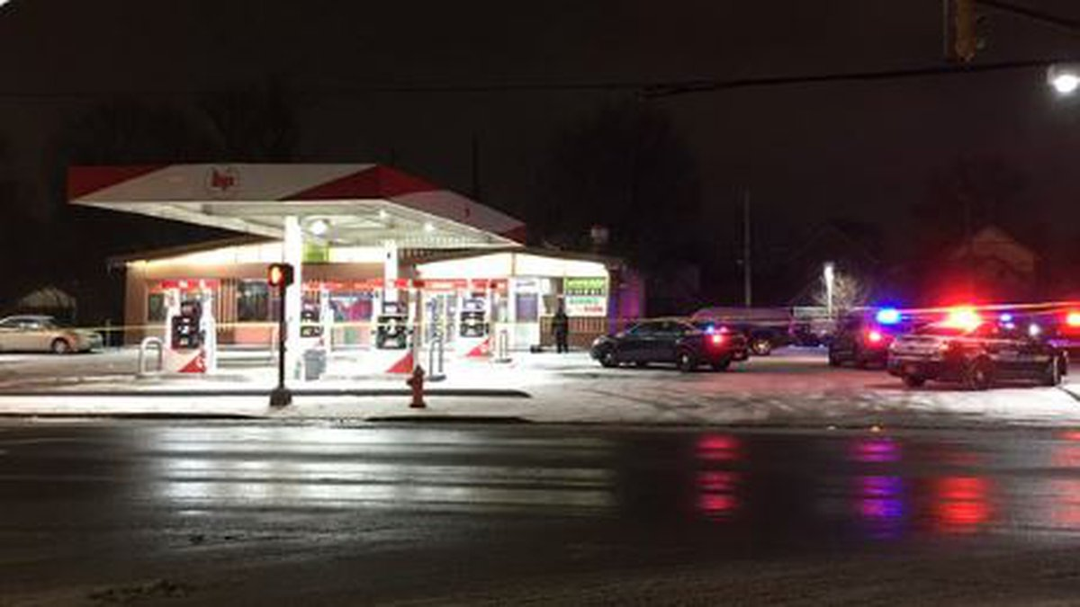 Robbery suspect shot and killed by victim.