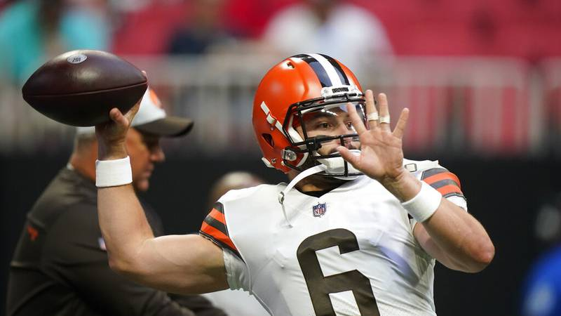 Cleveland Browns quarterback Baker Mayfield (6) warms up before the first half of a preseason...
