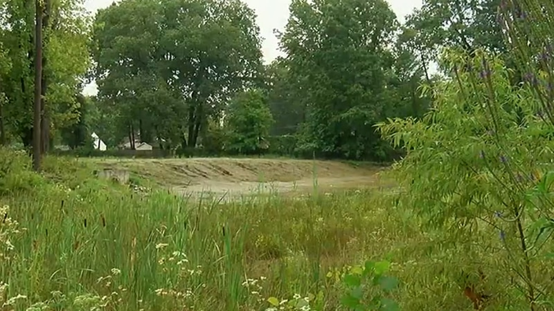 Mentor residents want eyesore retention pond maintained like others