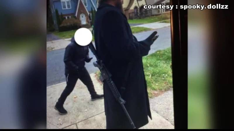 Man walking around Cleveland Heights with long-gun quoted as saying 'He's going to kill Black...