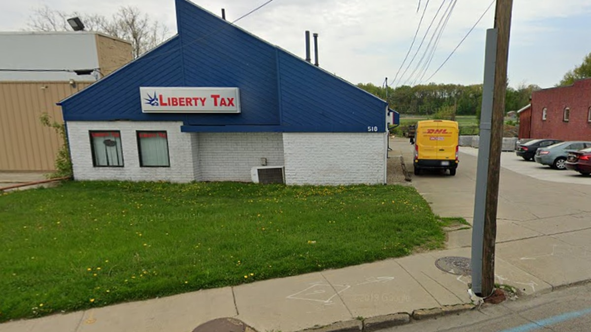 Liberty Tax Service on East Cuyahoga Falls Ave in Akron.