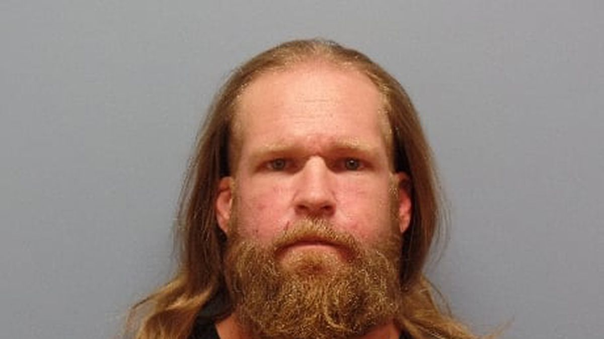Deputies are looking for Thompson in connection to a vehicle pursuit that ended in a foot chase...