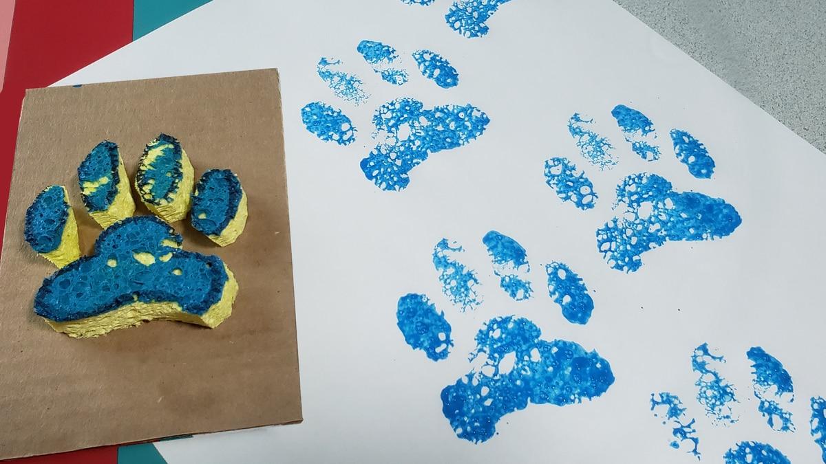 Paint paw prints