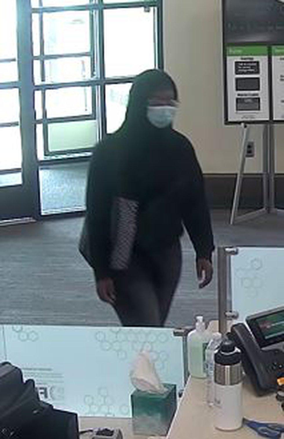 Woman robbed the Huntington Bank on 2nd Street on Sept. 9, 2021.