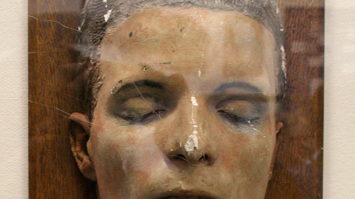 This is just one of several death masks used to try and identify victims of the Torso Murderer.
