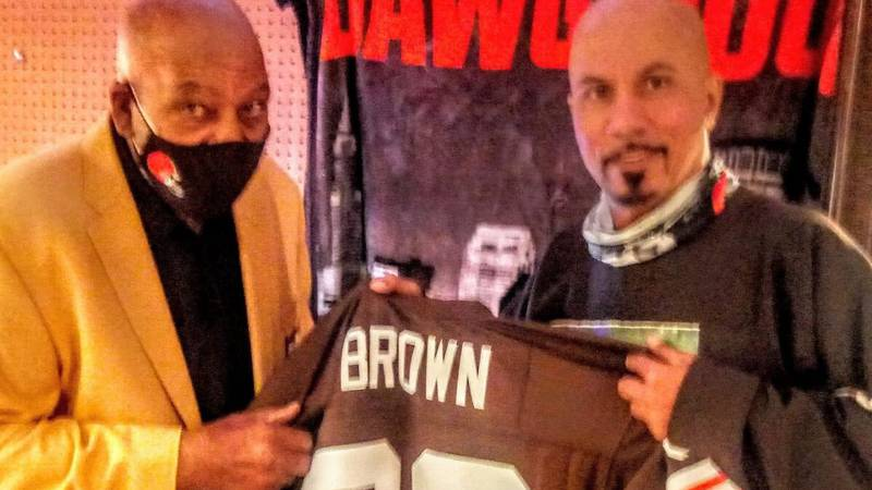 JIM BROWN VISITS RAY'S HOME MUSEUM