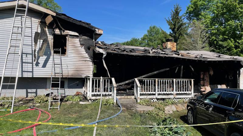 3 killed in Geauga County house fire