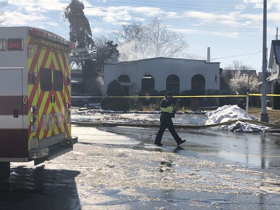 Mason's Auto Body Shop in Rocky River destroyed by early morning fire