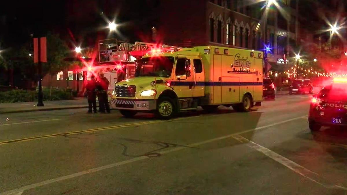 2 men shot at West 25th shooting