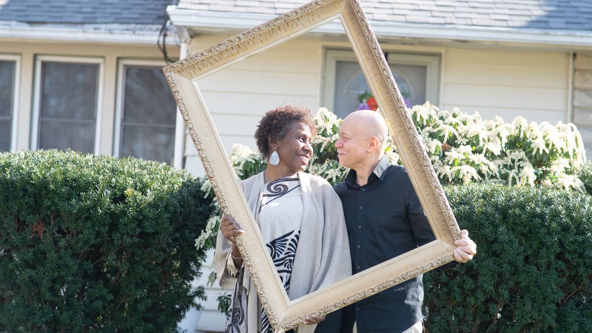 Cleveland photographer joins 'Front Steps Project;' documenting home life during coronavirus...