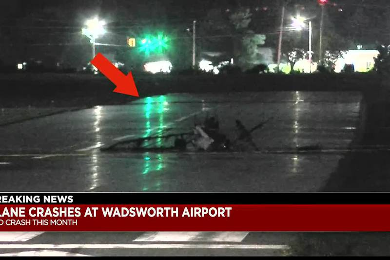 1 killed in fiery plane crash at Wadsworth Municipal Airport