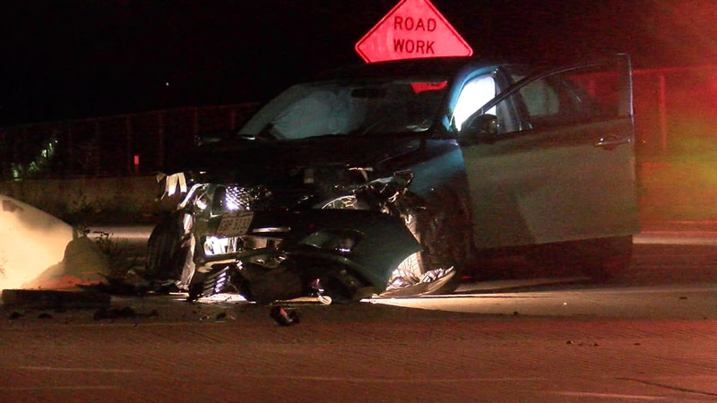 Man on the run after police chase ends in crash on Cleveland-Parma border