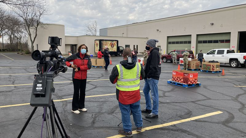 KNR gave away 1,000 turkeys for Thanksgiving at the Akron-Canton Regional Food Bank.