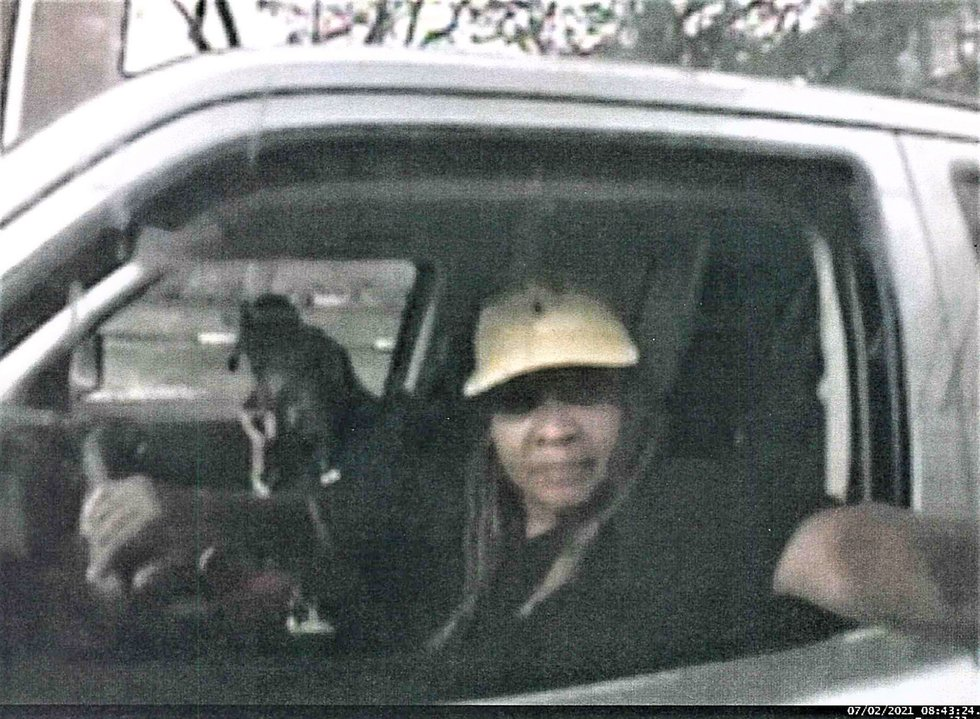 3 suspects force woman into car, make her withdraw $500 from ATM, buy gift card in Cleveland