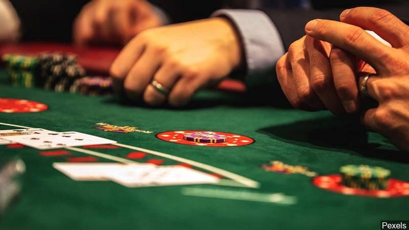 Los proyectos de ley de los casinos están enfrentando un destino similar al de la legislación...