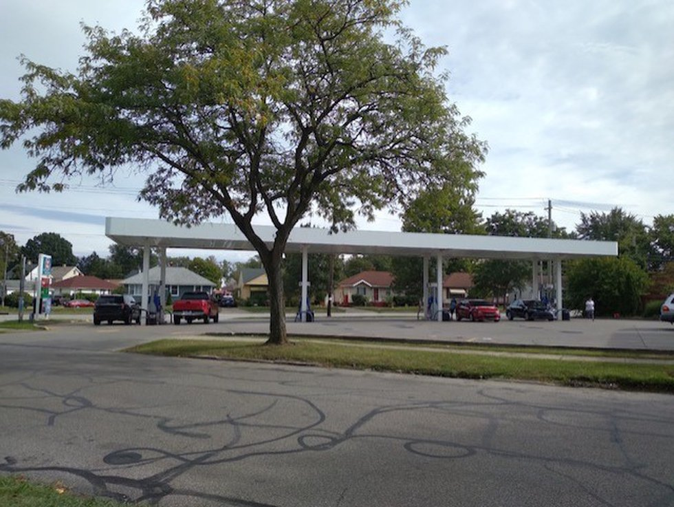 The gas station at W. 105th and Jasper in Cleveland where Chris Hostottle said he was carjacked...
