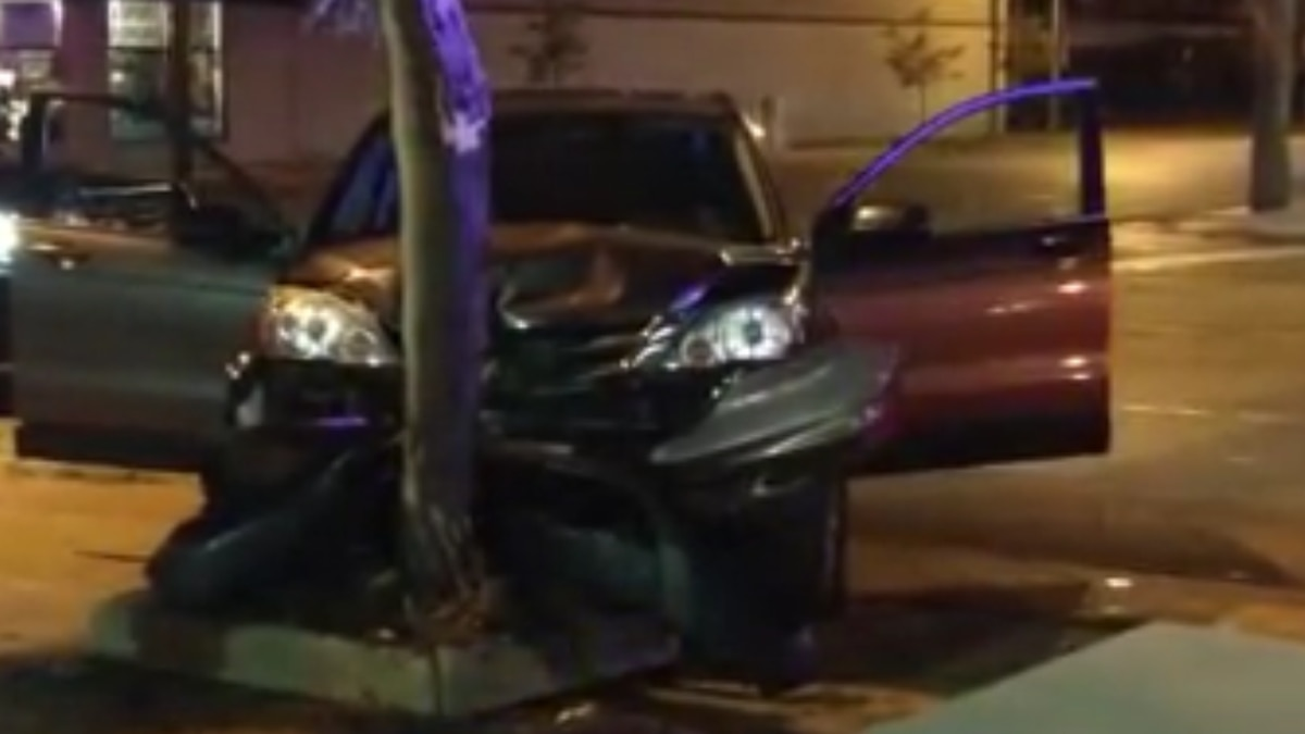 Apparent carjacking ends in crash in Parma