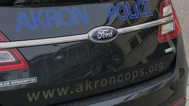 17-year-old arrested after police find stolen rifle in car