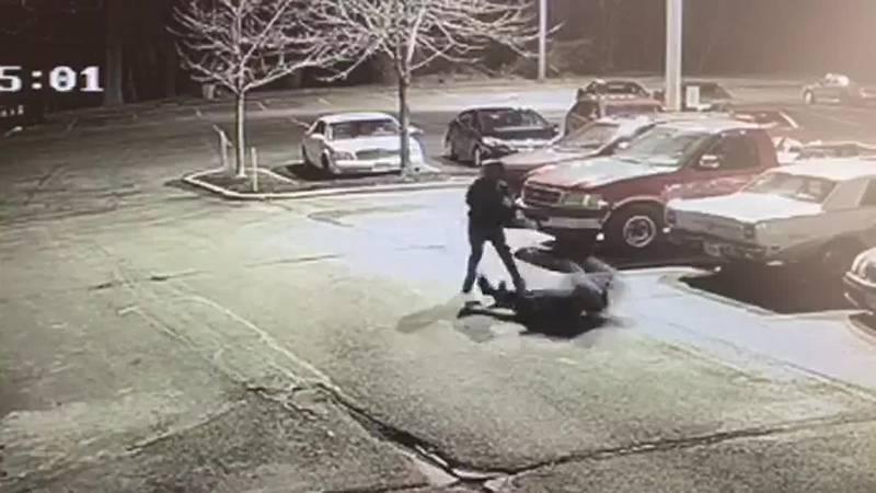 GF Default - Graphic video: Felonious assault in Cleveland