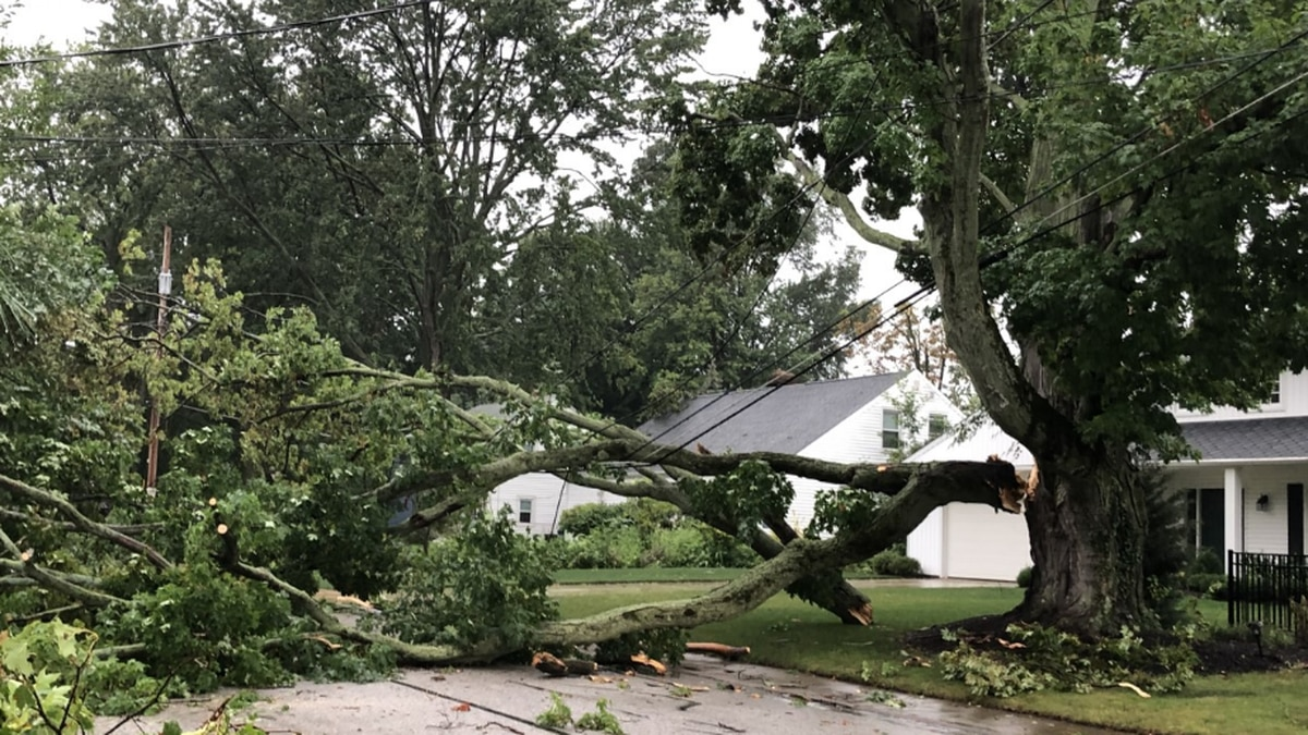 Over 130,000 FirstEnergy customers without power as severe storms hit Northern Ohio