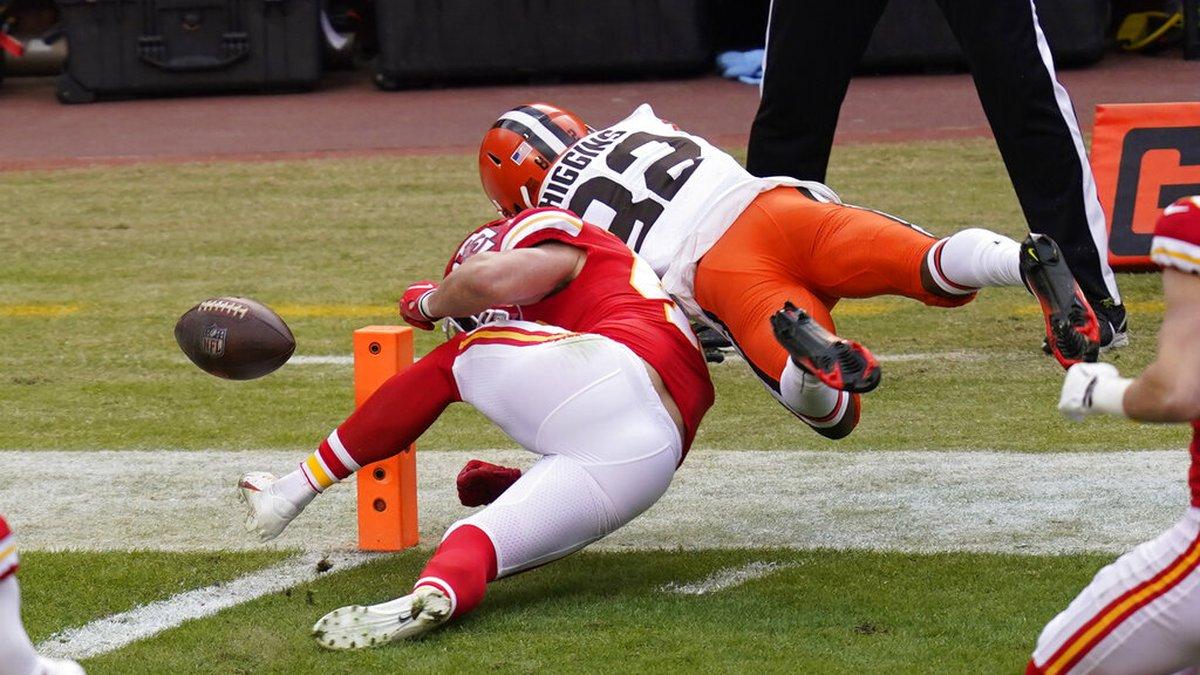 Cleveland Browns wide receiver Rashard Higgins (82) fumbles the ball over Kansas City Chiefs...